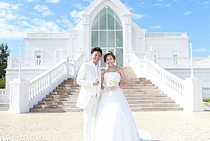 冲绳教堂婚礼日本Monterey Lumer婚纱照_海外婚礼