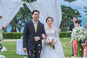 泰国普吉岛卡马拉草坪婚礼_海外婚礼