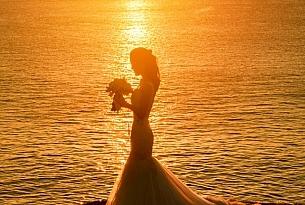巴厘岛水之圣洁教堂婚礼(TIRTHA BRIDAL)_海外婚礼