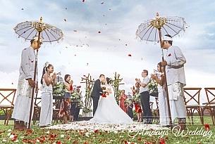 巴厘岛W酒店沙滩婚礼客片_海外婚礼