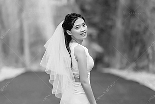 水晶教堂婚礼dewadewi_海外婚礼